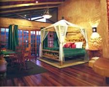 La Paz hotel room