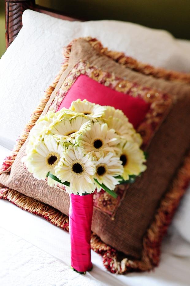 White Gerbera daisy bouquet