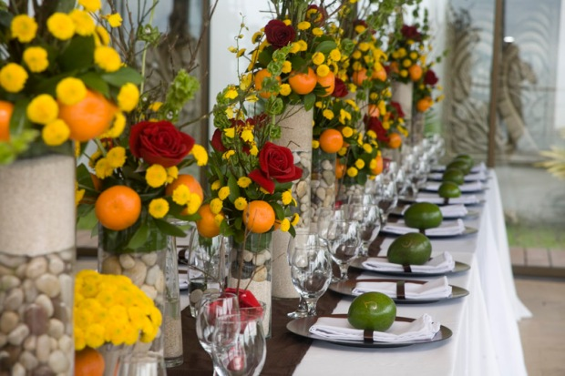 yellow red green table arrangement