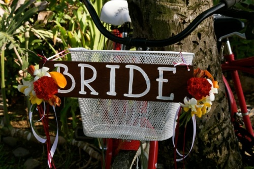 Bride sign on bike basket