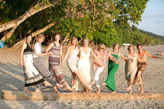 wedding party beach, bride and family, wedding fun, beach wedding, bridesmaids at beach, discovery beach house manuel antonio, weddings costa rica