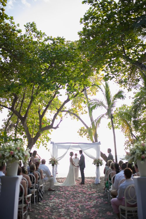 beach wedding, tropical wedding, wedding canopy, wedding ceremony, altar, discovery beach house manuel antonio, weddings costa rica