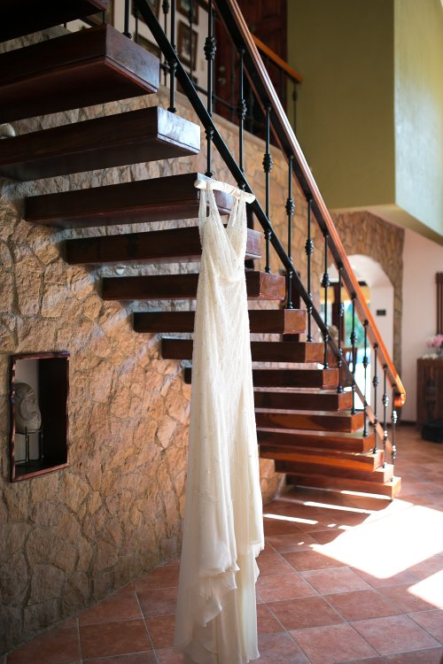 bridal suite, wedding dress, hanging wedding dress, discovery beach house manuel antonio, weddings costa rica