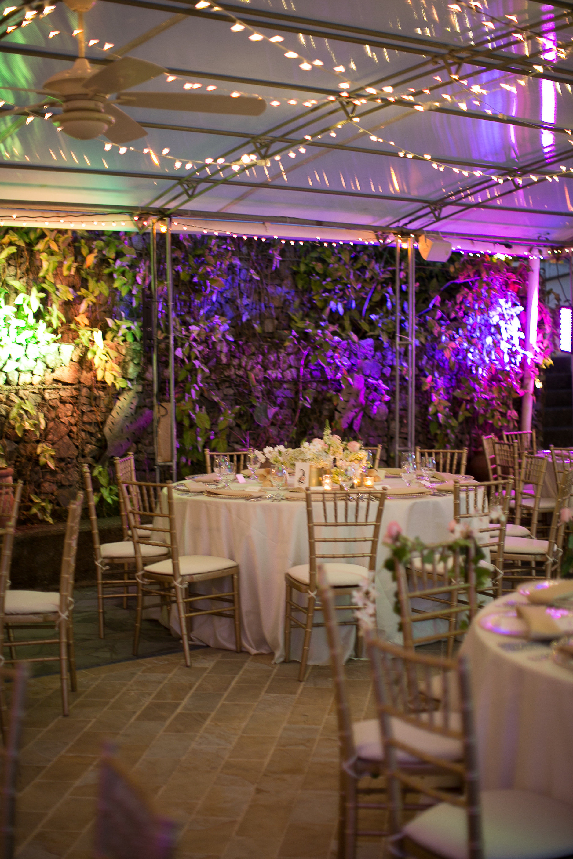 Real Weddings Jodi And Ross At Discovery Beach House Si Como No