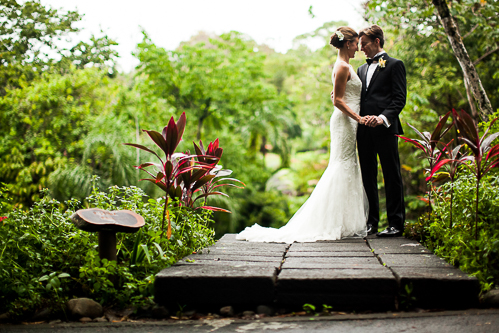 bride and groom in garden, tropical garden, tropical wedding, los altos resort wedding, weddings costa rica