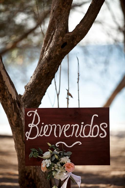 beach wedding, welcome sign, rose sign, bienvenidos sign, Reserva Conchal Beach Club, Weddings Costa Rica