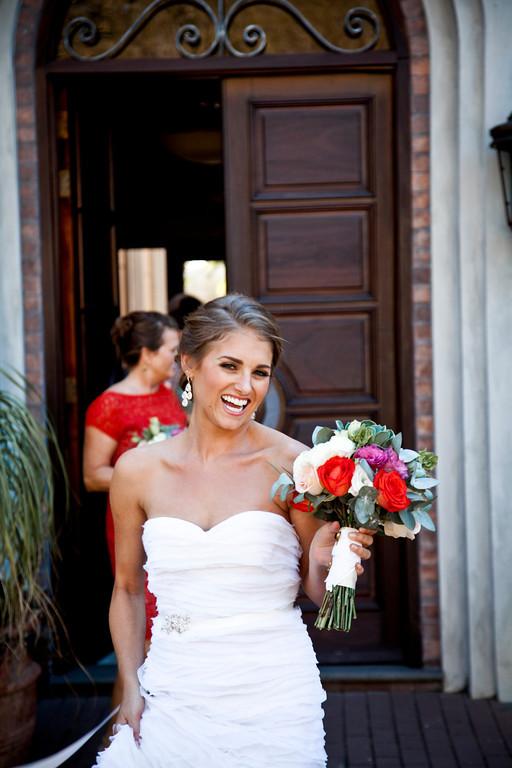 bride and bouquet, rose bouquet, bride, Reserva Conchal Beach Club, Weddings Costa Rica