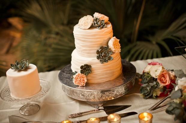 rose theme wedding cake, beach theme wedding cake, wedding cake, wedding cake and serving set, beach wedding, Reserva Conchal Beach Club, Weddings Costa Rica