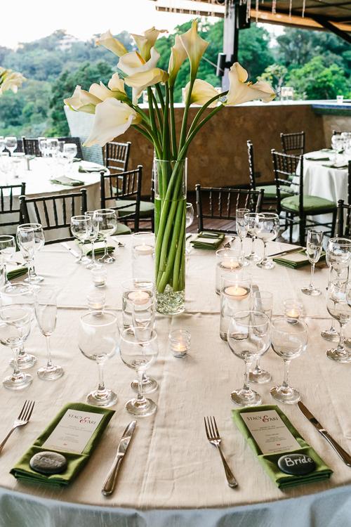 bride and groom table, calla lilies, tropical wedding, punto de vista costa rica wedding, weddings costa rica