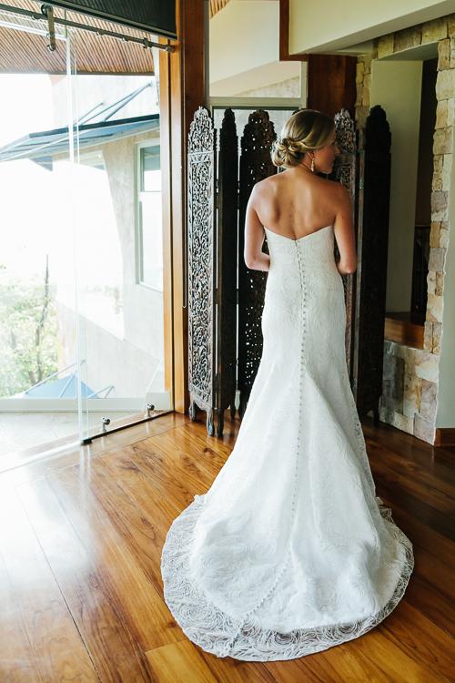wedding bride, wedding dress, wedding gown, punto de vista costa rica wedding, weddings costa rica