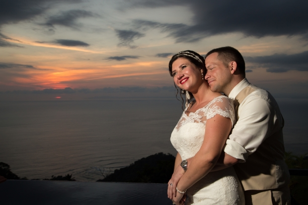 bride and groom sunset, weddings costa rica, bride and groom ocean view, newlyweds sunset, destination wedding