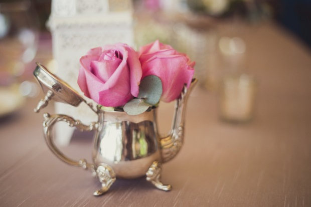 roses in tea pot, stainless steel tea pot with roses, tulemar, weddings costa rica