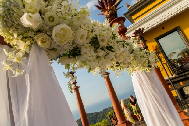 Villa Caletas, Zephyr Palace, Weddings Costa Rica, Wedding Arch white flowers, tropical wedding, weddings costa rica