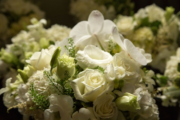wedding bouquet white roses, white rose bouquet, bridal bouquet, weddings costa rica