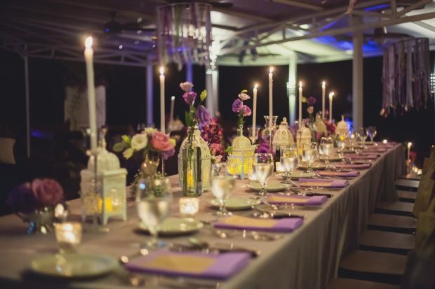 wedding reception, purple table decor, purple theme wedding, vintage wedding, table decor lanterns, tulemar, weddings costa rica