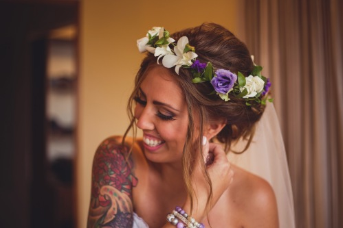 white and purple head wreath, bridal head wreath, bride with tatoo, tulemar, weddings costa rica