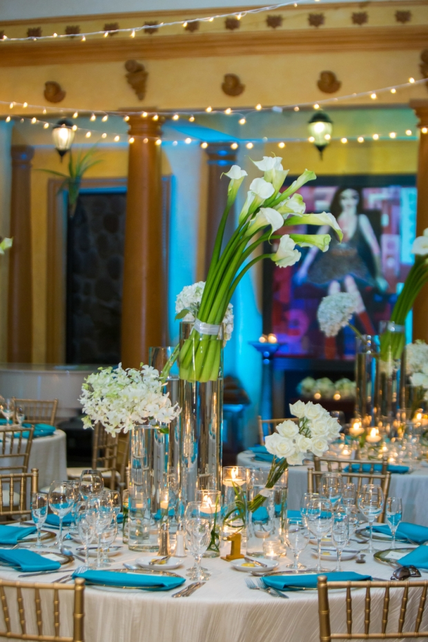 white and teal table setting, calla lilies, zephyr palace, luxury wedding, weddings costa rica, destination wedding