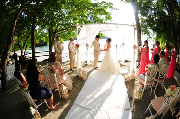 beach wedding, wedding ceremony, costa rica wedding, wedding canope