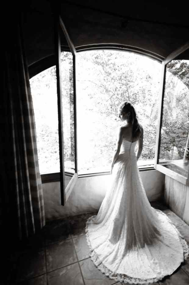 Casas de Las Brisas, bride standing at window, bridal dress, bride black and white, wedding dress, weddings costa rica
