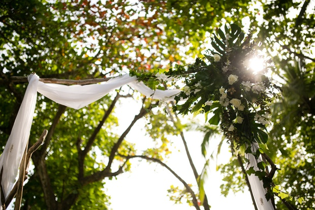 tropical wedding, wedding arch, beach weding wedding canope, ceremony canope