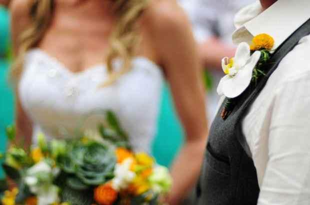Casas de Las Brisas, white orchid boutonniere, boutonniere, grooms boutonniere, weddings costa rica