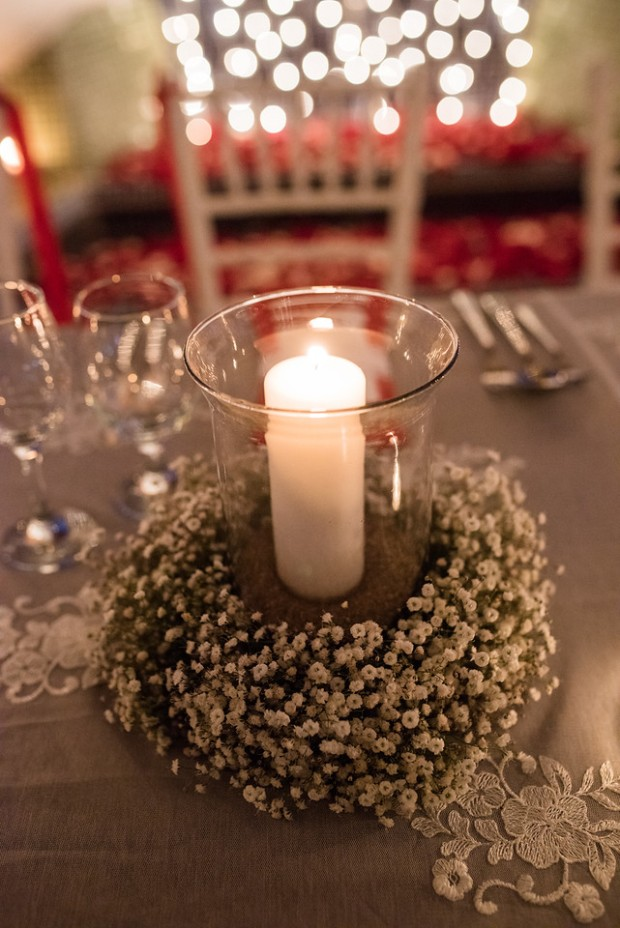 candle glass with babies breath, wedding table decor, weddings costa rica