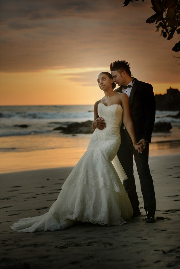 sunset wedding, newlyweds sunset, beach wedding, tropical wedding, bride and groom beach, weddings costa rica