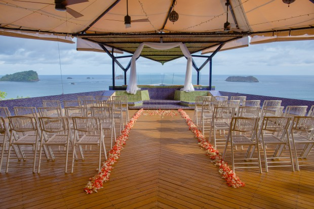 costa rica wedding, tropical wedding, punto de vista, wedding ceremonial site, wedding ceremony, weddings costa rica
