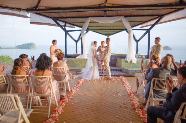 punto de vista wedding, costa rica wedding, tropical wedding ceremony, weddings costa rica