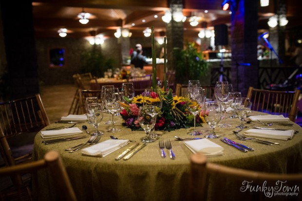 sunflower table arrangement, rehearsal dinner arrangement, weddings costa rica