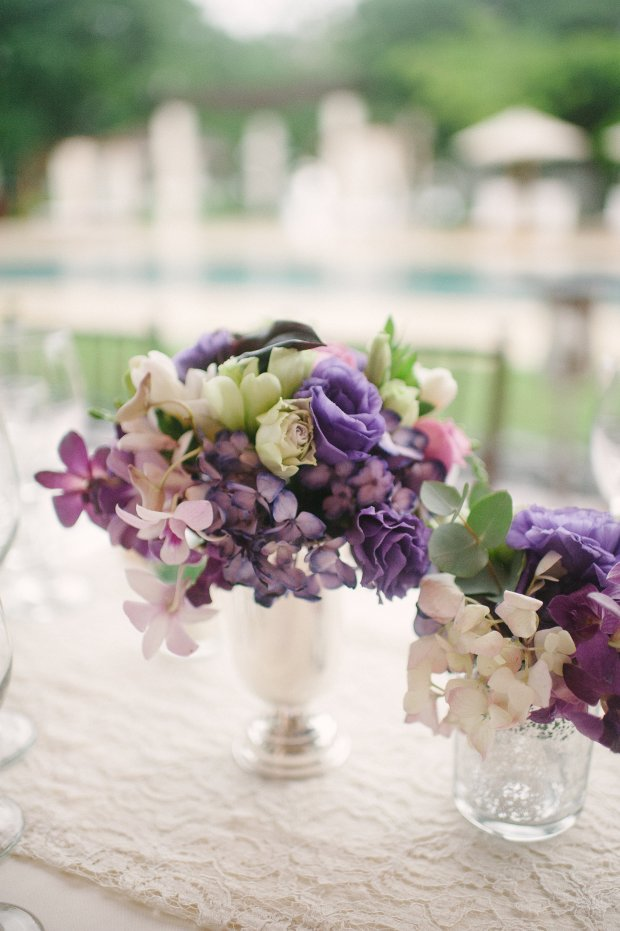 hydrangea flower arrangement, purple hydrangeas, classic wedding decor, crochet table runner, weddings costa rica
