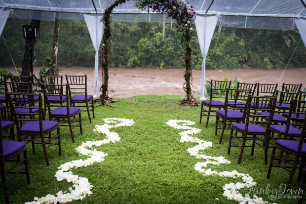 Wedding ceremony site, ceremony site rain, rainy wedding, tropical wedding, weddings costa rica