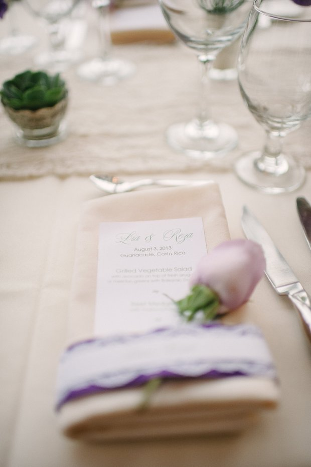 wedding menu, table setting with purple rose, purple and cream table setting, weddings costa rica
