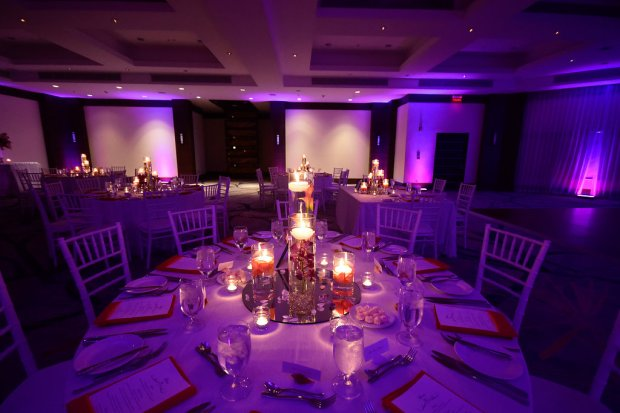 wedding reception, table decorations, festive lighting