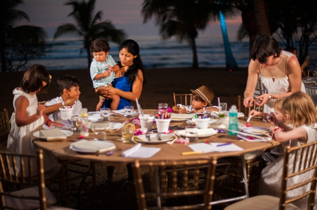 kids table at wedding Costa Rica