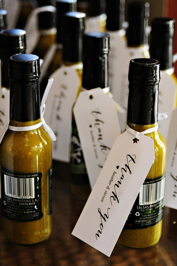 hot sauce as wedding favor, Weddings Costa Rica, wedding favor