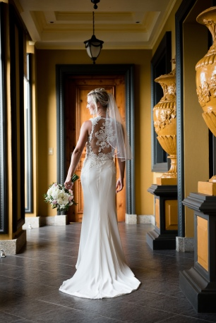bride dress with lace back, Villa Caletas wedding, zephyr Palace wedding, Weddings Costa rica, Costa Rica wedding