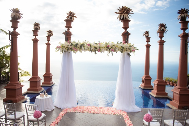 white and pink ceremony, white and pink ceremony canopy, Villa Caletas wedding, zephyr Palace wedding, Weddings Costa rica, Costa Rica wedding