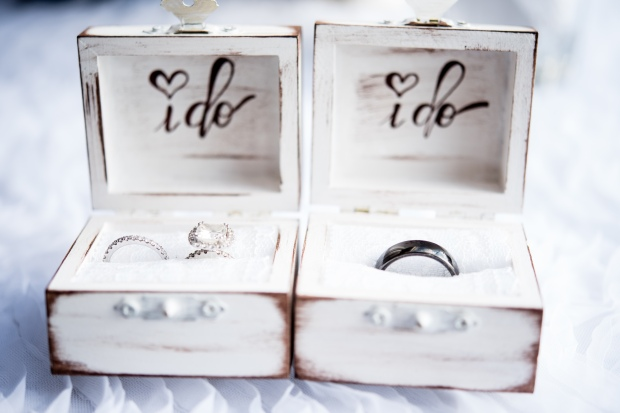 rustic ring boxes, wedding rings, cute wedding ring boxes, Villa Caletas wedding, zephyr Palace wedding, Weddings Costa rica, Costa Rica wedding
