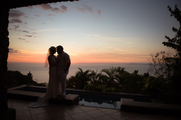 sunset Villa Caletas, sunset wedding couple, Villa Caletas wedding, zephyr Palace wedding, Weddings Costa rica, Costa Rica wedding