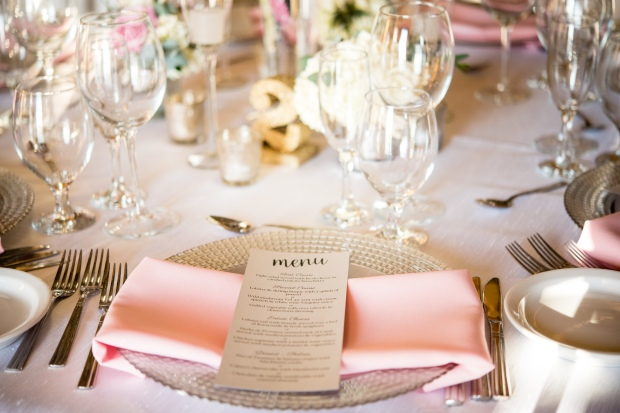 pink and white wedding reception, silver charger, siver menu, pink napkin, Villa Caletas wedding, zephyr Palace wedding, Weddings Costa rica, Costa Rica wedding