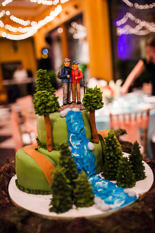 Hikers wedding cake